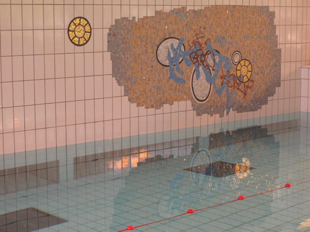 D coration piscine mosa que for Piscine des gayeulles